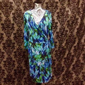 Liz Lange Dresses & Skirts - Vivid Liz Lange Faux Wrap Midi Dress