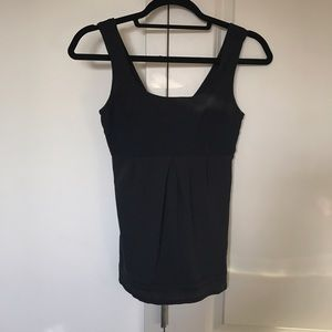 Lululemon Black stank Top Size 4