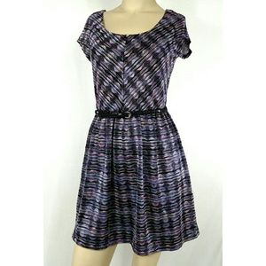 Lily Rose Dresses & Skirts - LILY ROSE DRESS. Small