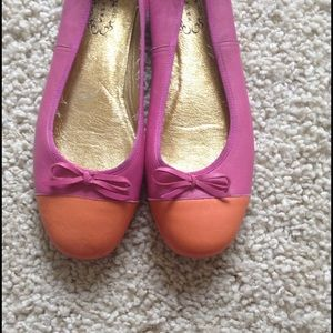 N.Y.L.A. Shoes - N.Y.L.A color-block leather ballet flats.Sz 9 1/2