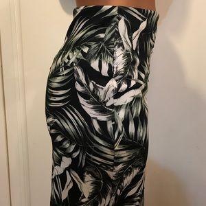 Forever 21 Skirts - Knee Length Tropical Print Skirt