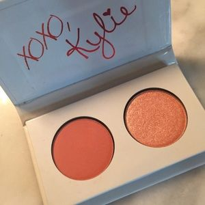 Kylie Cosmetics Other - Kylie Cosmetics Kiss Me Eyeshadow Duo