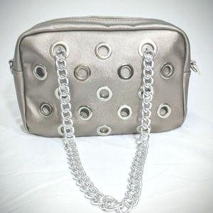 💎NWOT💎✨Shimmer Silver Bag