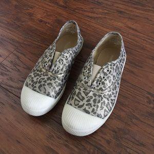 Tucker + Tate Other - 🎉HP🎉TUCKER+TATE Slip On Girl Animal Print Shoes