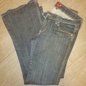 Sz 11 Embellished pocket jeans