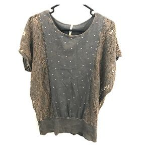 Boheme Tops - Cute lace shirt