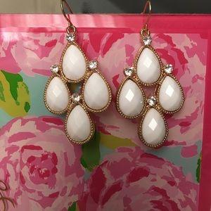 Jewelry - White stone drop earrings