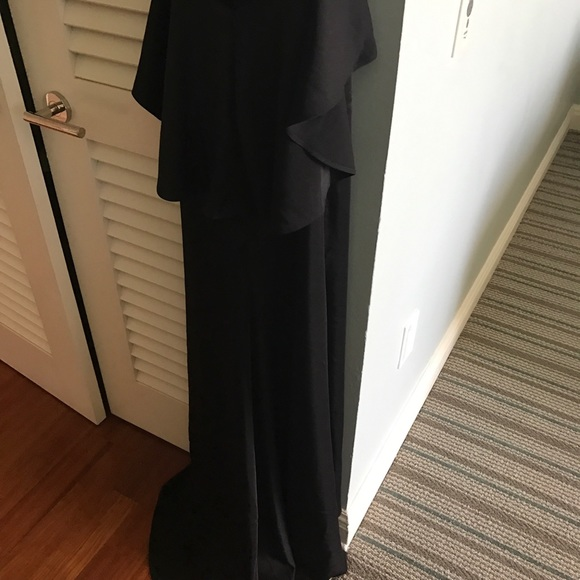 Alyce Paris Dresses - Alyce Paris Black Gown Size 2