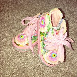 Lelli Kelly Kids Other - Lelli Kelly Sz 4 Toddler Pink Beaded Shoes
