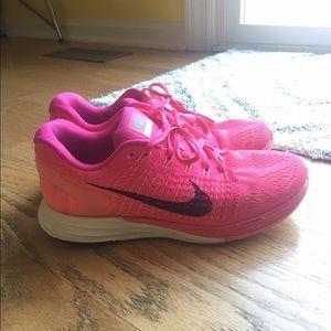 Nike Shoes - Nike pink shoes