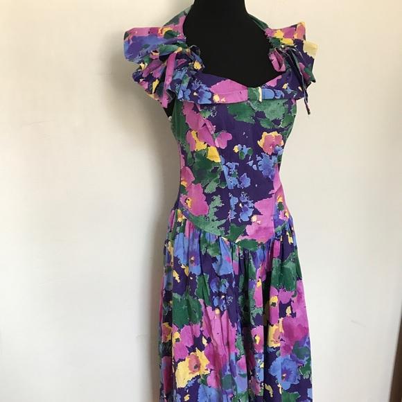 Vintage Dresses - Adorable Vintage Floral Halter Sundress