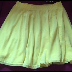 Bright yellow mini skirt!