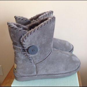 LAMO Shoes - NEW LIKE UGG BOOTS