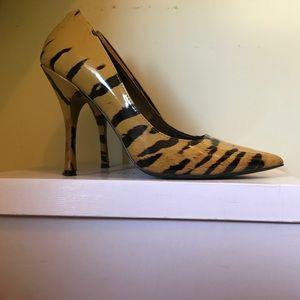Modern Vice Shoes - Patent tiger pumps
