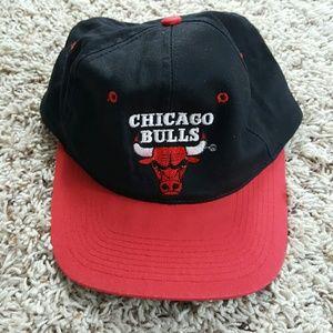 Vintage snapback Chicago Bulls hat