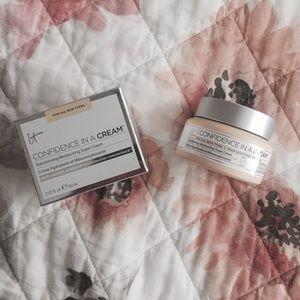 NIB it Cosmetics Confidence in a Cream