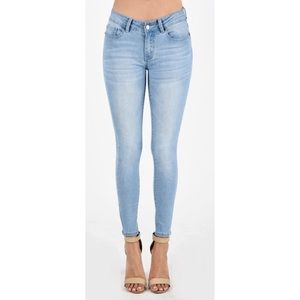Light Wash Stretchy Skinny Ankle Jeans