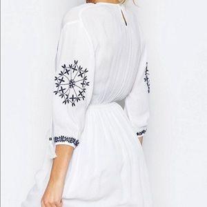 b10a4fc575 Boohoo Dresses - Embroidered Swing Dress - Graduation Spring Summer