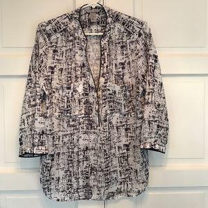 H&M Tops - H&M Women's scoop button down Blouse. Size 14/44 L