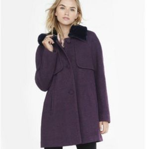 Express berry tweed coat with faux fur collar XS