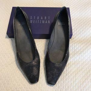 Stuart Weitzman Shoes - NIB Stuart Weitzman pewter metallic flats.