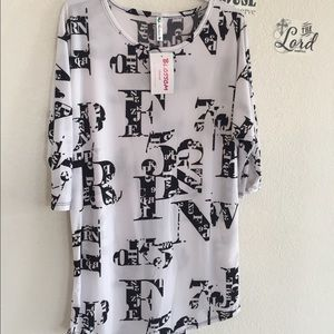 The Blossom Apparel Tops - ❤today sale❤white 3/4 sleeve black letter graphic❤