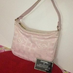 Vintage Pink Chanel shoulder bag