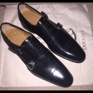 Doucal's Other - Doucal's Italy blk dress shoes 7 NEW