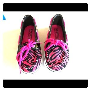 Sperry Top-Sider Other - NEW Sperry's: Glittery hot pink zebra print 💖😍