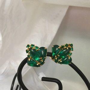 Jewelry - Vintage Emerald Green Earrings