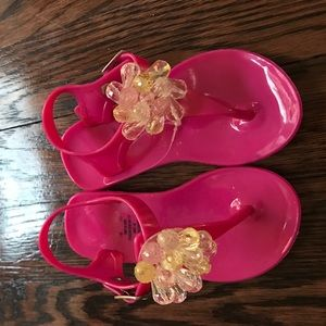 Hot pink baby thong sandals. new size 6