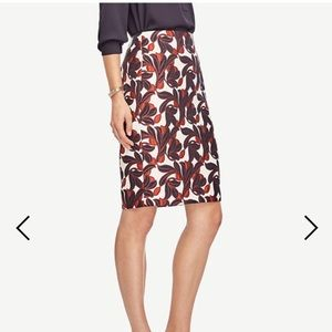 {Ann Taylor} Vine Pencil Skirt
