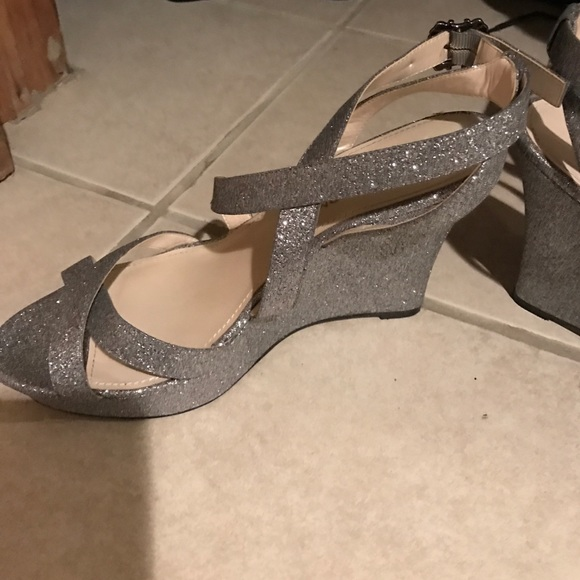 b6b64316c3be Live From The Red Carpet Shoes | Sparkly Silver Glitter Wedges ...