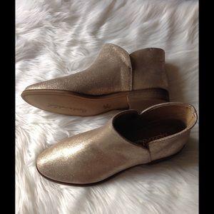 Splendid Shoes - Splendid gold shimmering booties