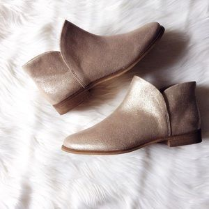 Splendid Shoes - Splendid gold shimmering booties