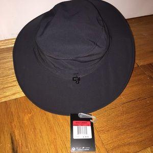838ee802f6acf Nike Accessories - Nike Golf Sun Protect Bucket Hat