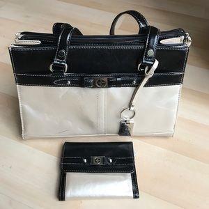 Silver/black Giani Bernini leather purse +wallet