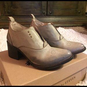 Steven by Steve Madden Shoes - NIB!!!! Freebird Sadie Bootie