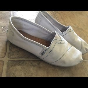 TOMS Shoes - Toms Classic Slips On