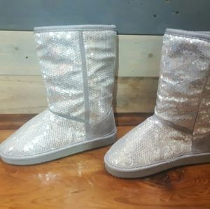 Ositos Other - Silver sequin girls boot