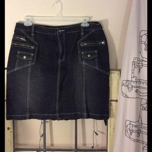 Venezia Dresses & Skirts - Venezia Jean skirt zipper/snap  pocket detail sz16