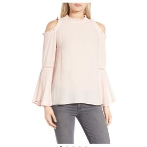 listing!! NWT Cold shoulder blouse