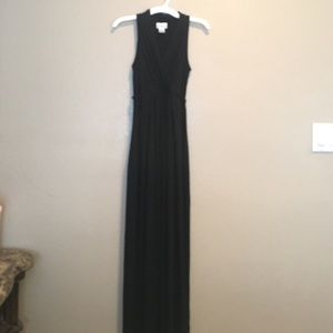 Dresses & Skirts - Black maxi maternity dress