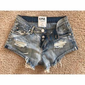 One Teaspoon Bandits Distressed cut-off shorts