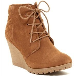 MIA Shoes - Mia Quilted Booties Size 9