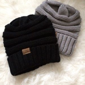 Accessories - Black Knit Beanie
