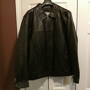 EXCELLED Other - EXCELLED LEATHER BOMBER JACKET