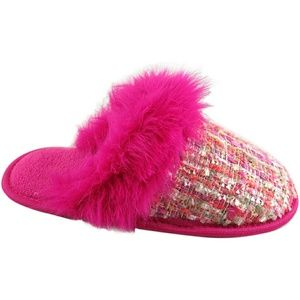 Other - Girl boucle scuff slippers