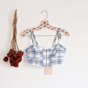 BNWT Alice and UO crop top!