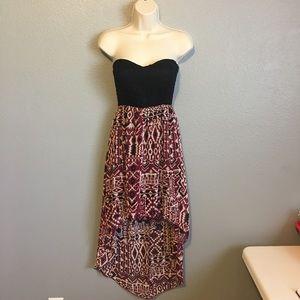 Love Culture Dresses & Skirts - 🌷Maroon & Black Strapless Hi/Low Dress!🌷